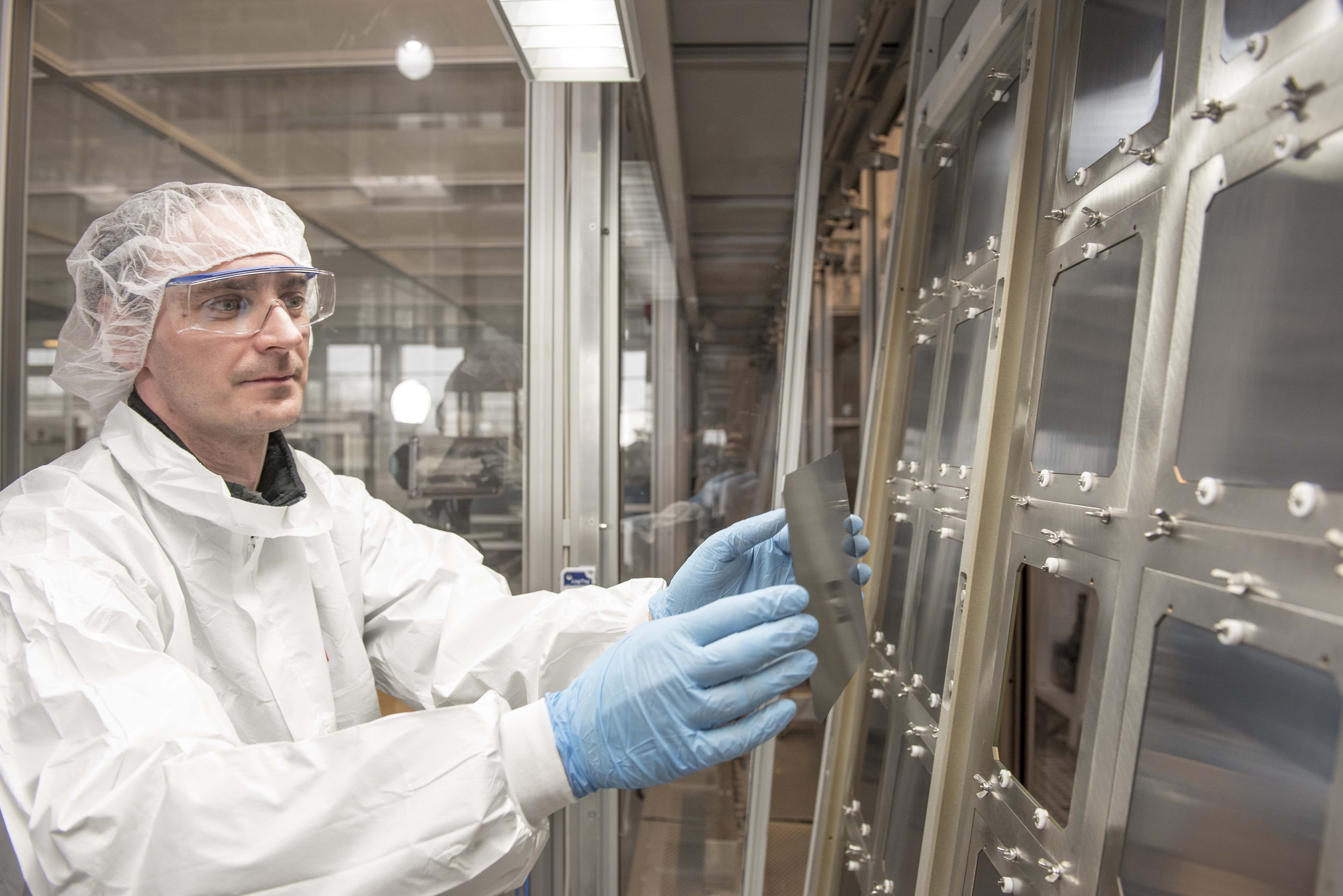Oxford PV perovskite-on-silicon solar cells in pilot production at the company's facility in Brandenburg an der Havel, Germany